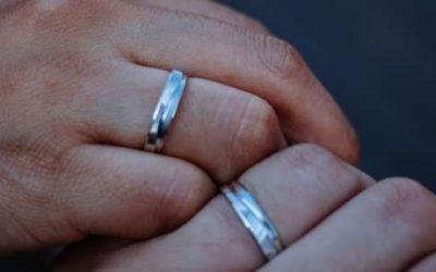 ¿Cómo Limpiar la Plata y Por Qué se Ennegrece?