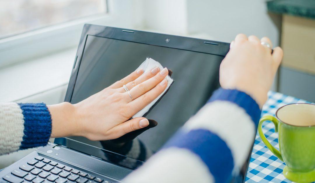 Limpiar la pantalla de la computadora