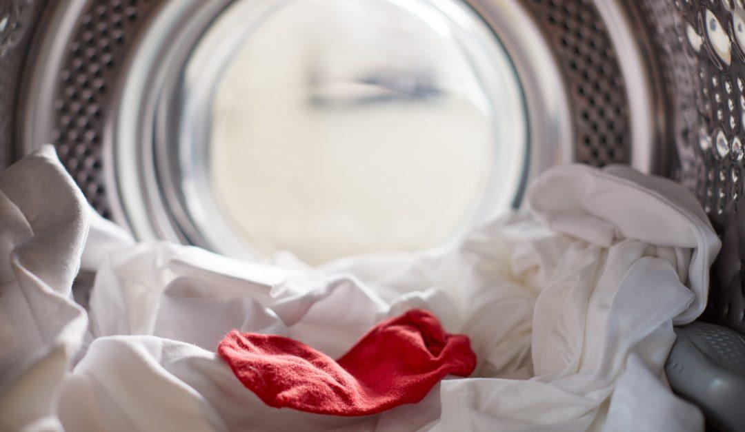 Quita los desteñidos accidentales de tu ropa