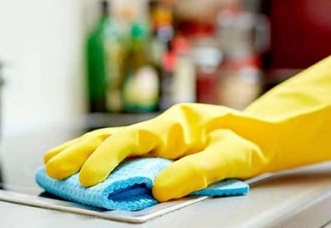 3 trucos para decir adiós a la grasa de la cocina